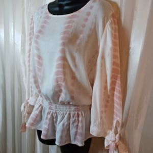 NWT. TWINE & STRING TOP